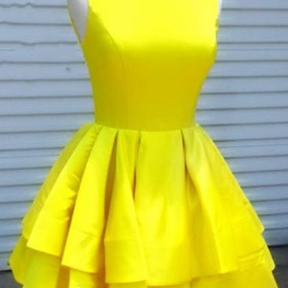 Yellow Short Sleeveless Homecoming ..