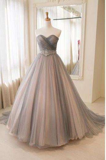 Princess Ball Gown Strapless Sweetheart Gray Tulle Prom Dresses,Wedding Dress with Beads,Long Formal Dresses,P122