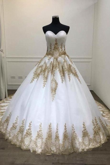 White Ball Gown Quinceanera Dresses, Big Wedding Dress with Gold Appliques, Puffy Sweetheart Prom Dresses P358